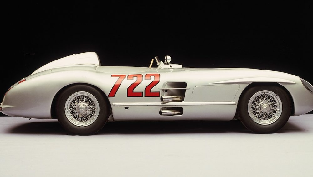 The Best of Show of the Concours Virtual: The Mercedes-Benz 300SLR '722' driven by Stirling Moss