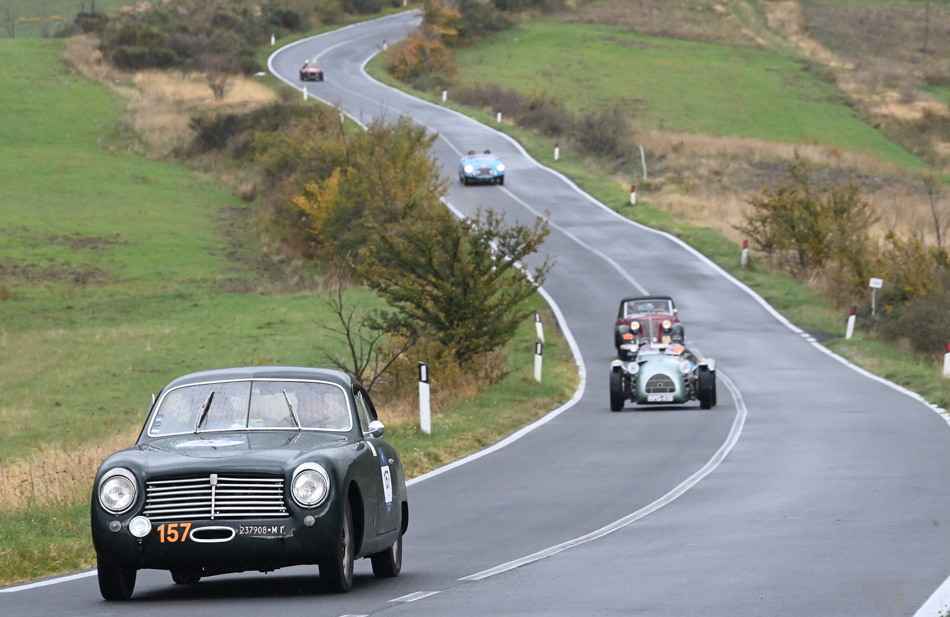 Who wouldn't want to drive on a road like this? Italy hides many and on the 1000 Miglia, they are controlled and protected by the precious service of the Traffic Police