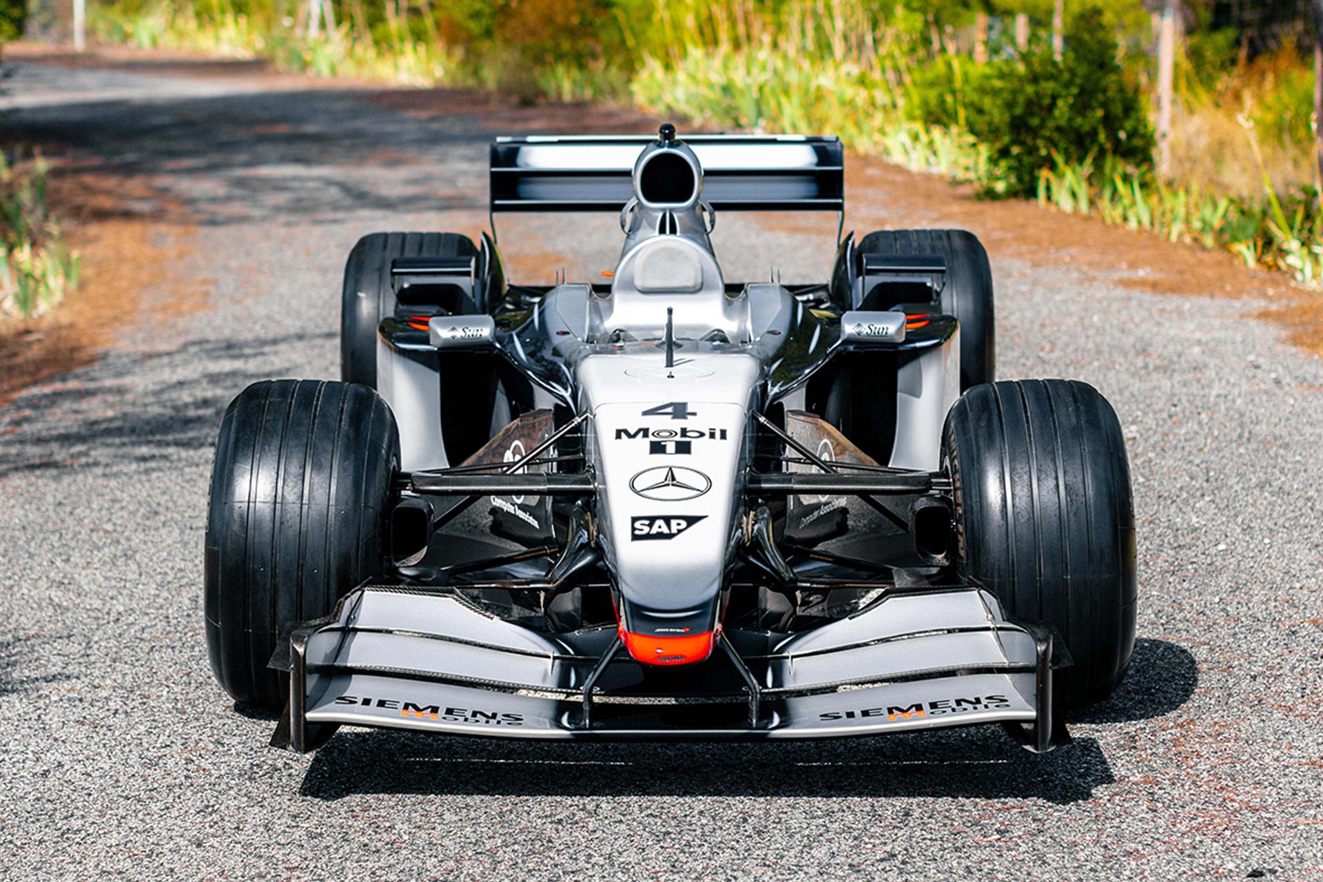2002 McLaren MP4 17D